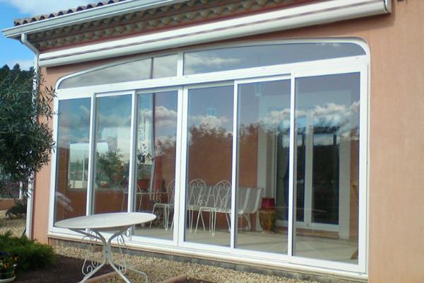 film baie vitre fentre coulissante boucbelair baie vitre de grande dimension beaumont de. Black Bedroom Furniture Sets. Home Design Ideas
